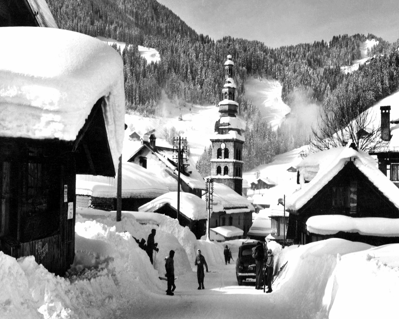Village La Clusaz En Hiver 1950 Artisan Du Cadre
